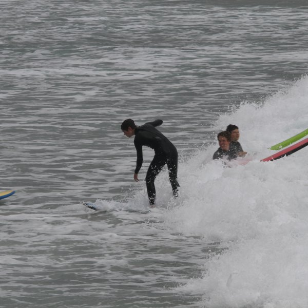 UHS students surfing